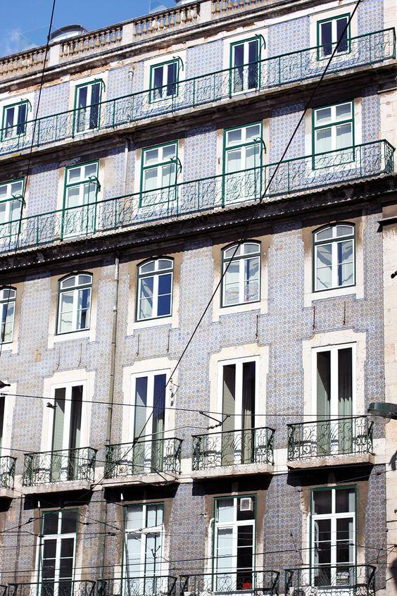 beautiful tiles of Lisbon, Portugal - Largo de Camões - teetharejade.com