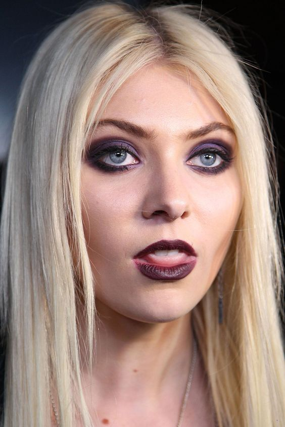 taylor momsen make up | Randoms тейлор момсен