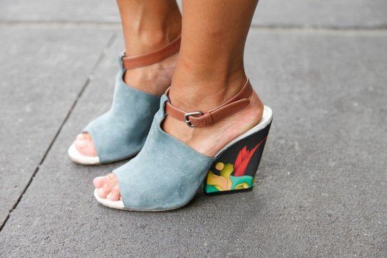 10_08_Kinmei_Intern-at-philip-lim_-asos-top_HM-skirt_Dries-von-noten-shoes_-vinatge-bag4_ErinYamagata