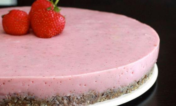 Cheesecake à la fraise (sans gluten)