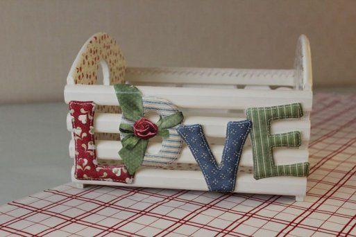 esta idea tambien es preciosa para una caja de fresas...