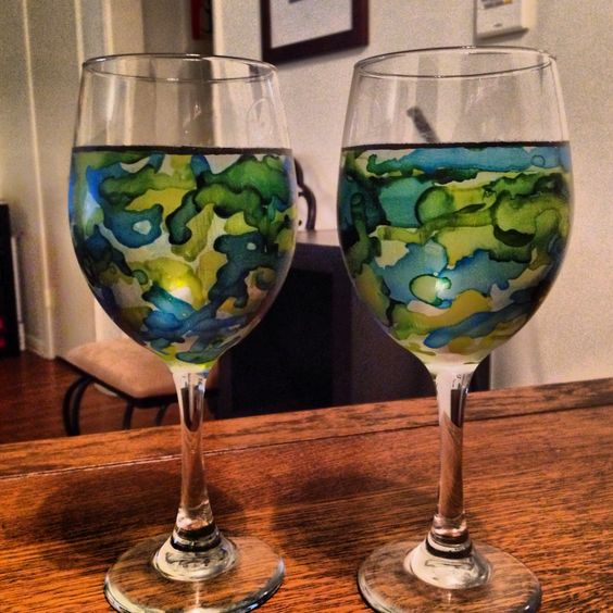 alcohol ink on wine glasses