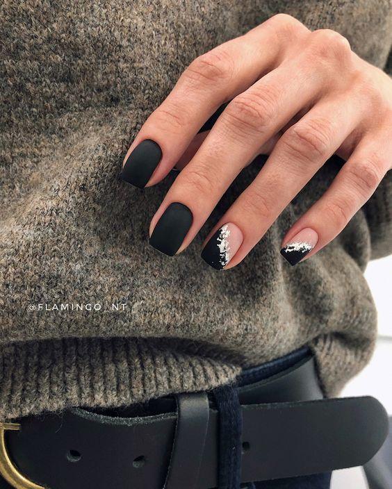Матовые чёрные ногти поталь на ногтях серебро фольга