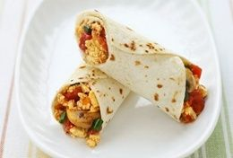 Weight Watchers Recipes - ~~Scrambled Morning Wrap~~  Ingredients:  2 cups sliced fresh mushrooms   1 green pepper, finely chopped   2 tsp. olive oil   1 cup cholesterol-free egg product   1/4 tsp. black pepper   1/2 cup favorite chunky salsa   4 flour tortillas (8 inch)