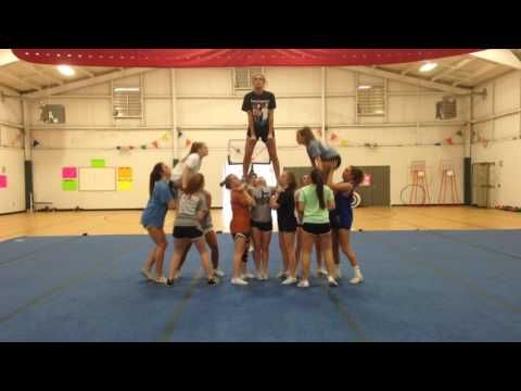 Mchs Stunt Youtube Cheer Stunts Cheerleading Stunt Competitive Cheer