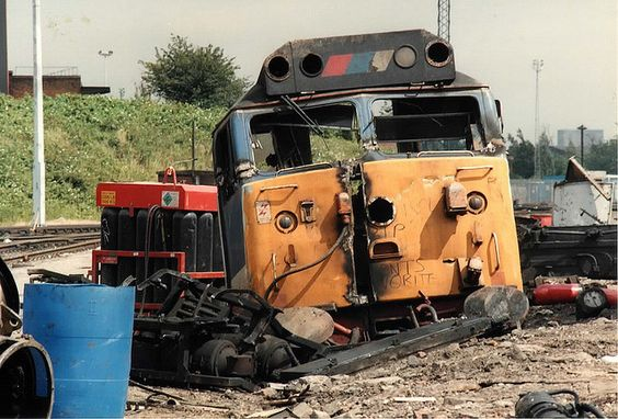 50024 (ex D424) 'Vanguard' being cut up by Coopers Metals at Old Oak Common MPD, July 1991