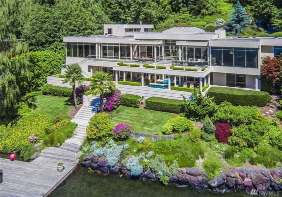 It says something about that the state of real estate on Mercer Island that this 5-BR, 6.75-bath that just hit the market asking $11.8 million is only the third most expensive listing currently available there.