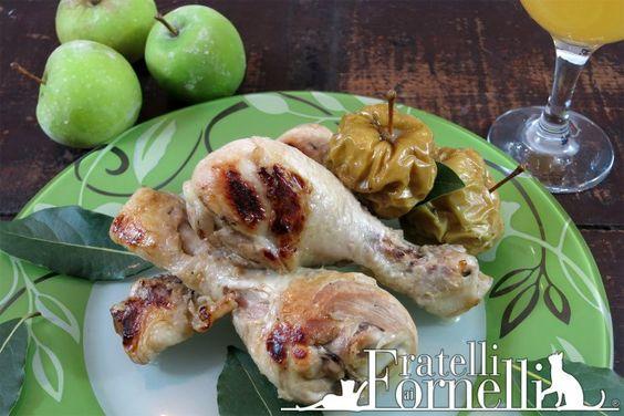 Morbidissimo #pollo cotto nel sidro di #mele e profumato da foglie di #alloro. Piatto principale per il pranzo di #Natale - Fratelli ai Fornelli