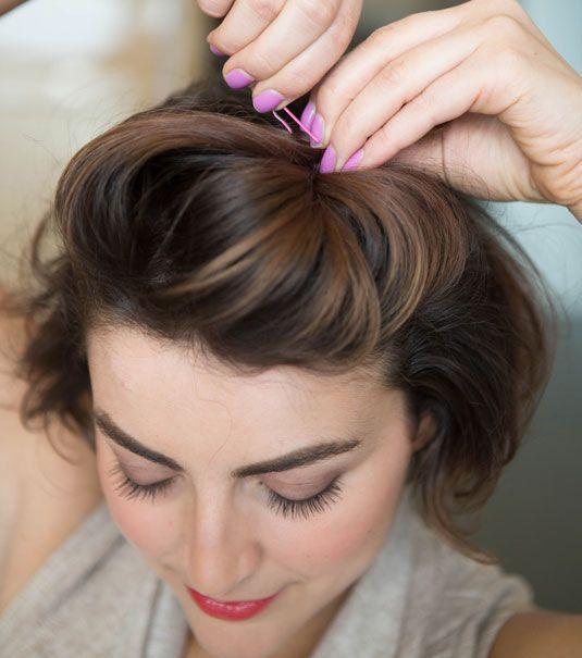Frisuren Fur Kurze Haare Strahnen Mit Klammern Schone Frisuren Kurze Haare Frisuren Kurze Haare Stylen Mittellange Haare Stylen