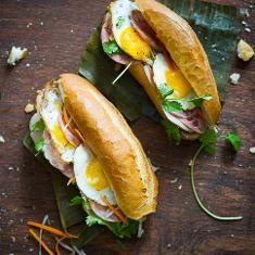 "Vietnamese Fried Egg Banh Mi Recipe (banh Mi Trung Op La)- ""the Bang Me"" (via www.foodily.com/r/7SJ5EOt2F)"