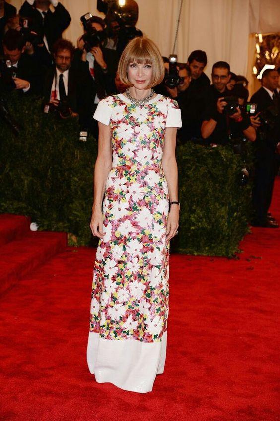 Anna La Reina Floreada Wintour en Chanel para el Met Gala.