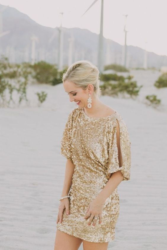 Glittered gold sequined dress for the bridesmaids #gold #goldwedding #dress #golddress #bridemaids