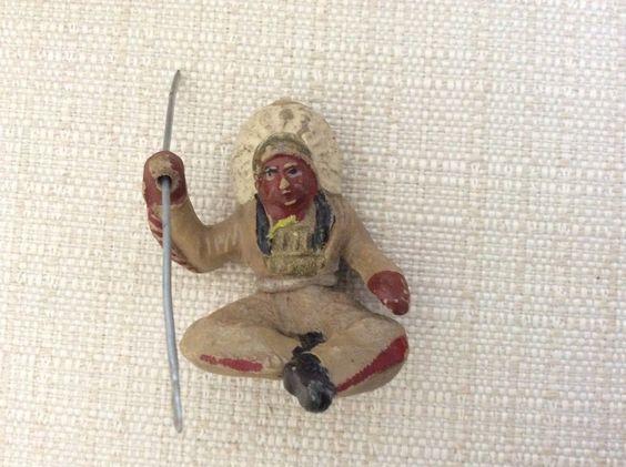 Soldatino IN Pasta Anni '40 Chialu' Capo Indiano Toro Seduto CON Lancia | eBay