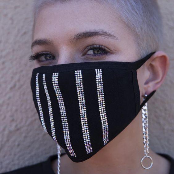 Vertical Vixen Mask – VidaKush