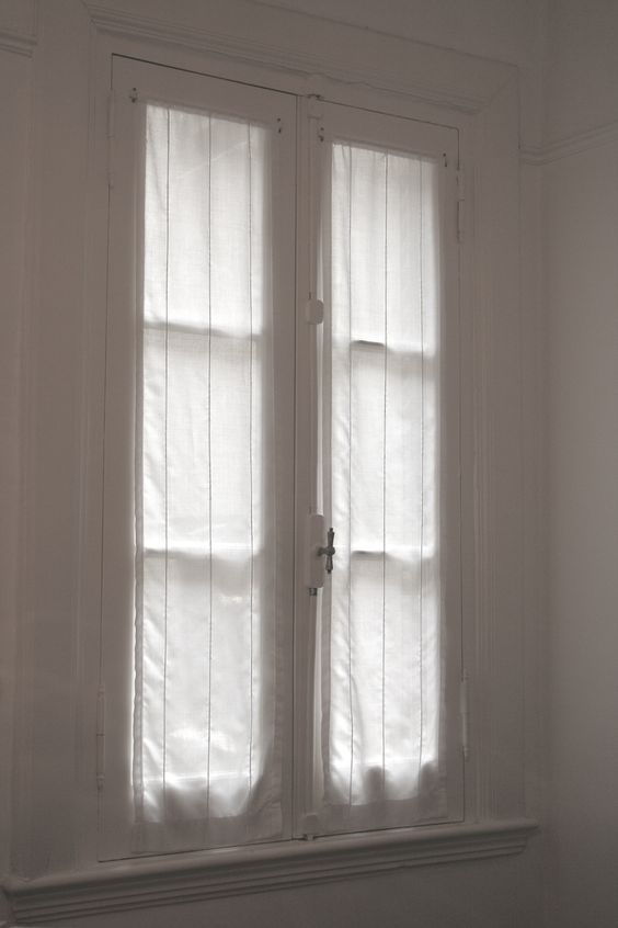 Palermo antigua and principal on pinterest - Visillos para dormitorios ...