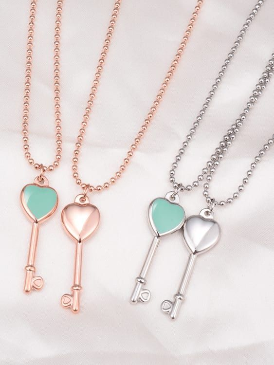 Flower Necklaces for Women, Statement Jewelry Set Stainless Steel Necklace Ring and Necklace Set Unique Jewelry Set Aluminum Pendant