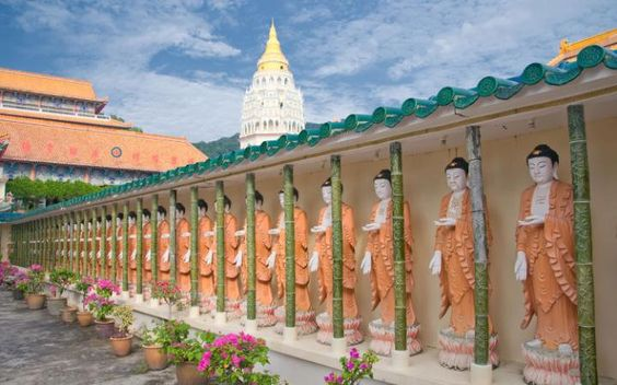 The Kek Lok Si temple is one of many ostentatious places of worship in Penang