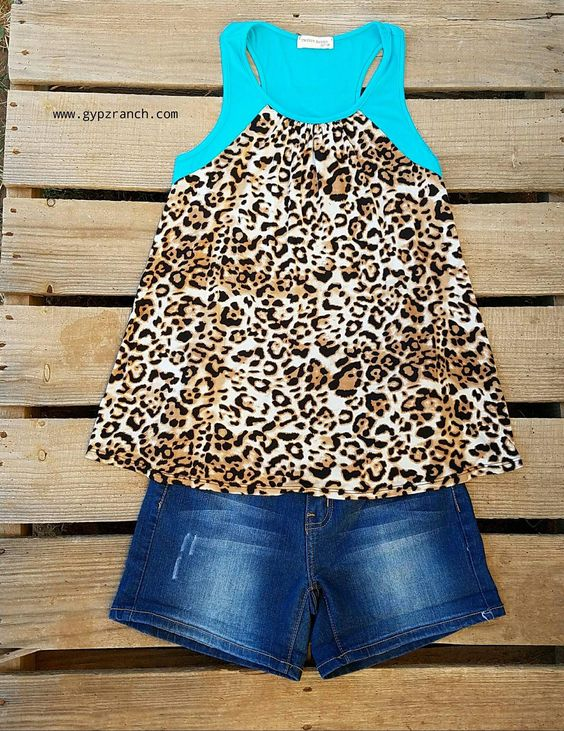 Love me in Leopard Turquoise Tank Top