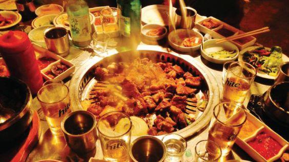 Món nướng BBQ luôn thu hút đông thực khách