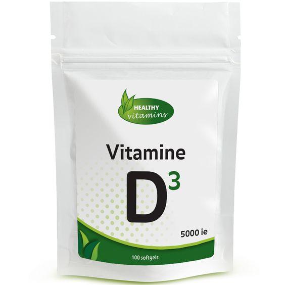 #Vitamine #D3 5000ie is het hoogst gedoseerde vitamine D3 supplement die verkrijgbaar is. De softgels van Vitaminesperpost.nl leveren deze belangrijke vitamine via een makkelijk opneembare vloeistof in een softgel. Vitamine D wordt via voedsel verkregen en geproduceerd door de huid via de ultraviolette energie van de zon. Vitamine D3 ondersteunt het immuunsysteem en is belangrijk voor de tanden, botten en spieren. Prijs per 100 softgels: €24,95