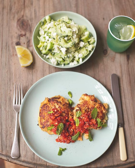 #recipeoftheday coming from my #familysuperfood book check it out on Amazon!! Sweet potato fishcakes using white fish- low in fat and super nutritious. Leave the potato skins on too! X x x JO