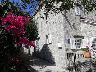 Holiday Villa in Cavtat, Dalmatian Coast, Croatia CR1473