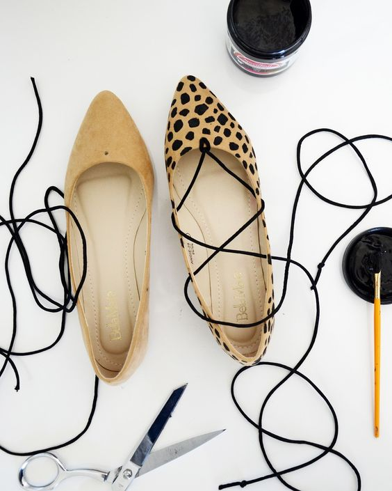 Merrick's Art // Style + Sewing for the Everyday Girl: HANDMADE HOLIDAYS: DIY LEOPARD LACE-UP FLATS: