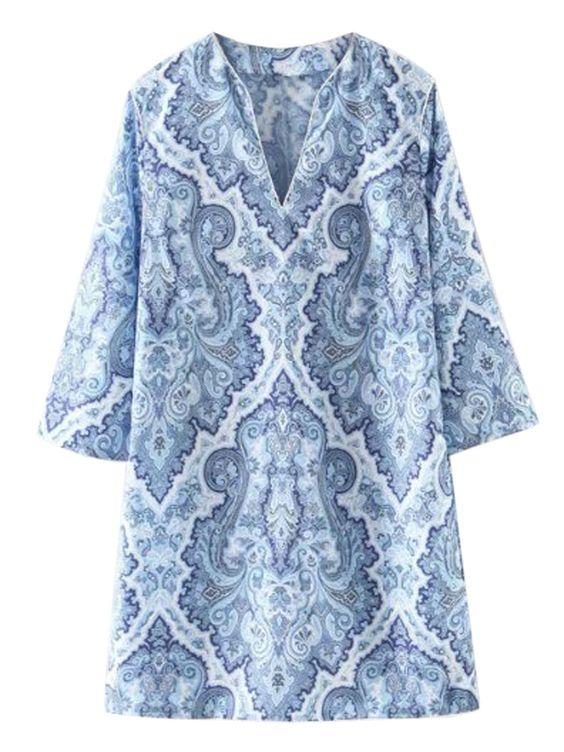 Blue V-neck Tile Print 3\/4 Sleeve Shift Dress