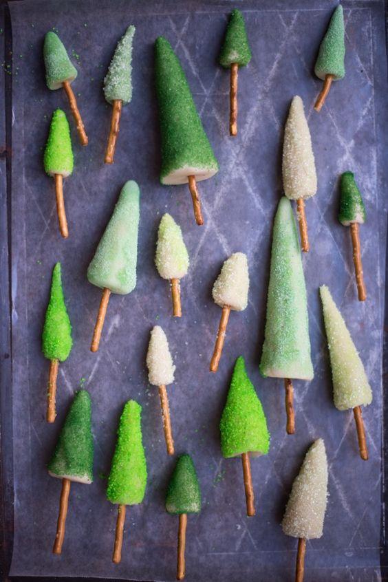 DIY Marzipan Tree Cake Decorations #festivefavorites