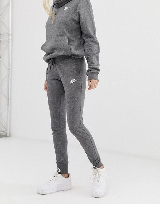 Nike Membership Gray Sweatpants | Nike sweatpants outfit ...