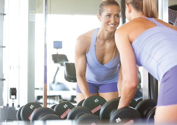 Confident Fat Loss! Simple ways to keep a positive mindset during your weight-loss journey.
