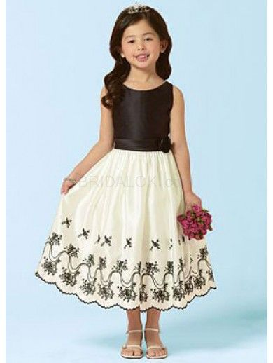 Embroidery Sleeveless Taffeta Organza Flower Girl Dress