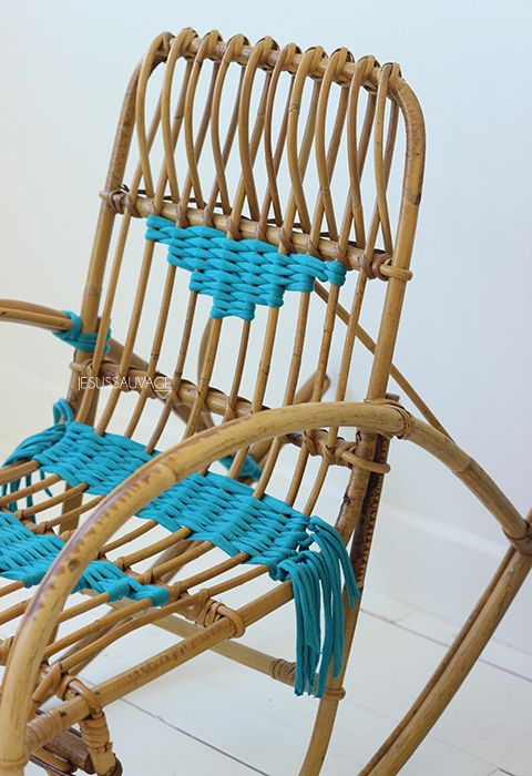 Diy customiser un fauteuil en rotin en tissant du trapilho weaving tiss - Customiser un fauteuil ...