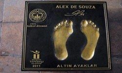 Captain Alex De Souza Foots