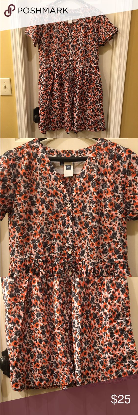 GAP NWT dress size 6 NWT dress is fully lined with front pocket detail Size 6 retail tags attached no flaws Gap Dresses