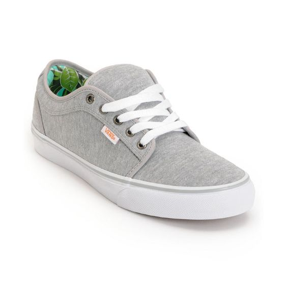 light grey vans chukka low