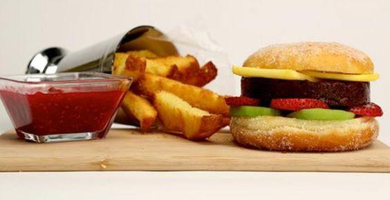 top chef plat trompe l il le hamburger en sucr cuisine pinterest chefs hamburgers. Black Bedroom Furniture Sets. Home Design Ideas