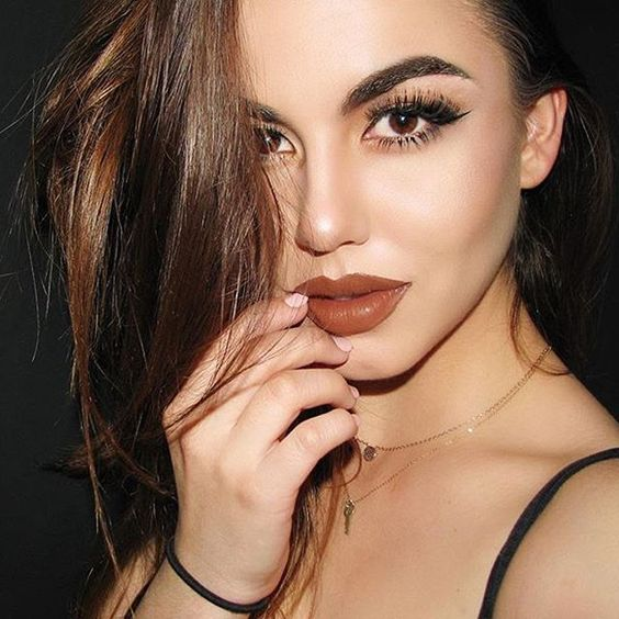 @juliapaulescu is stunning in •CORK• liquid matte lipstick 🌰🍾 #DoseofColors #DoseofPerfection