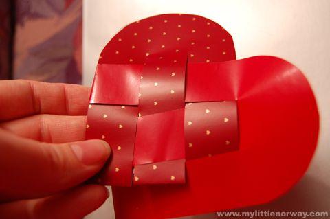 Norwegian Christmas heart baskets