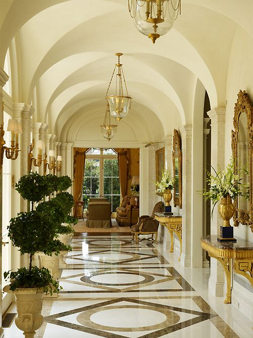 Inspirational Luxury Foyer Decor