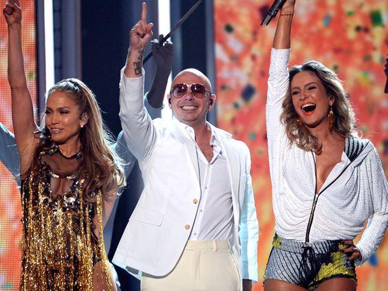 JLo, Pitbull premiere World Cup anthem   View photo - Yahoo Entertainment Singapore