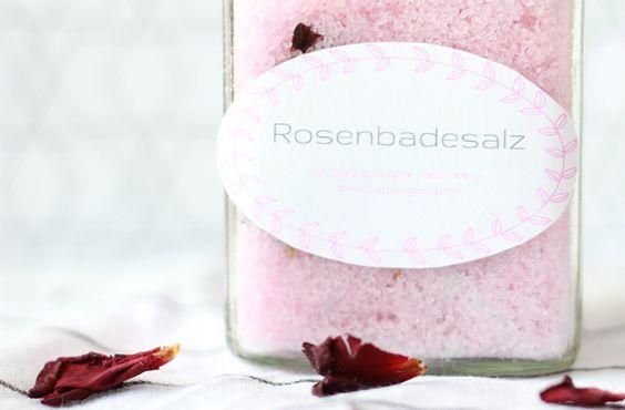Last Minute DIY Geschenke zum Muttertag, Badesalz selbst machen, Rosen, rose, bathing salt, rosa, Rosenblätter, Valentinstag, Hochzeit, DIY Badesalz
