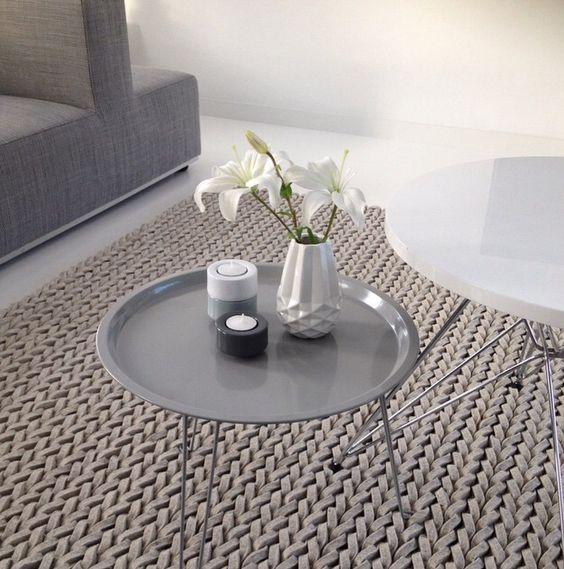 Pt tray table zuiver vloerkleed gevlochten kleed h for Table interieur