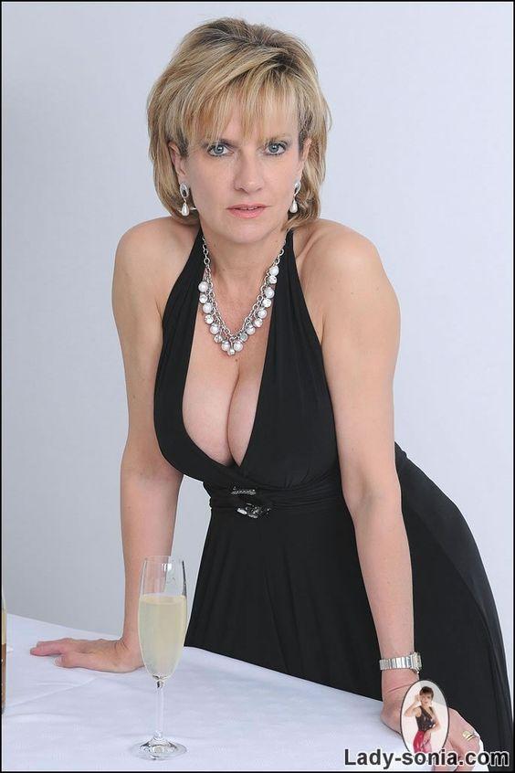 Lady Sonia Nude Photos 75