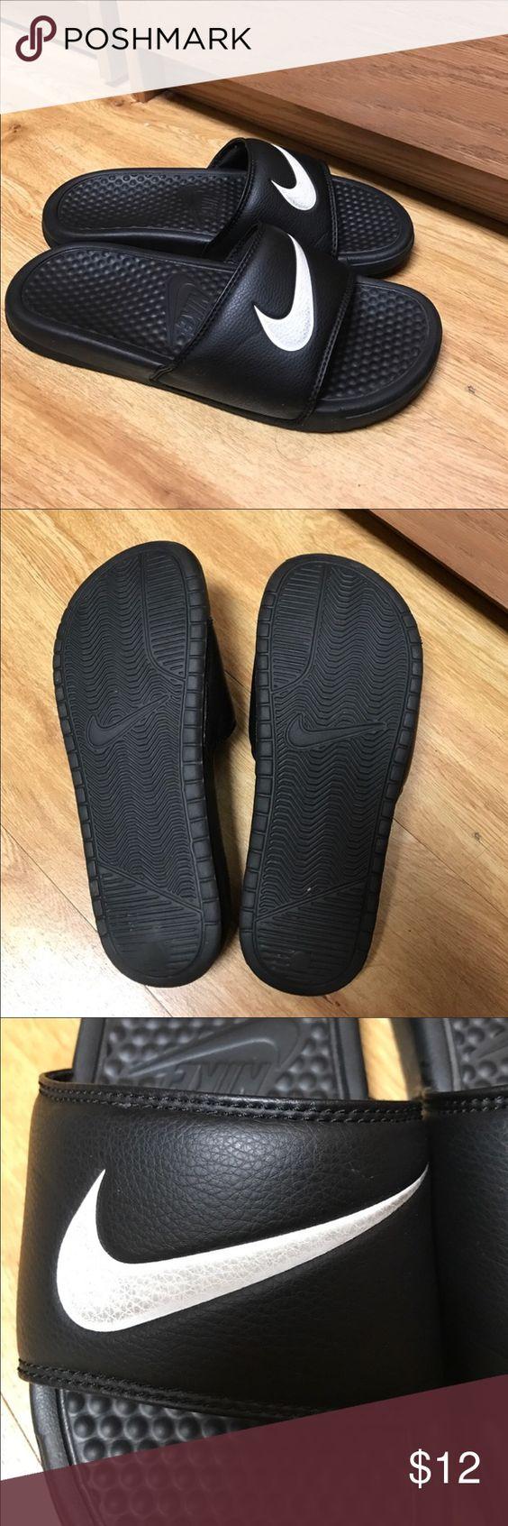 Black sandals size 7 - Nike Sandals Size 7 Nike Sandals Size 7 I Wear Shoe Size 7