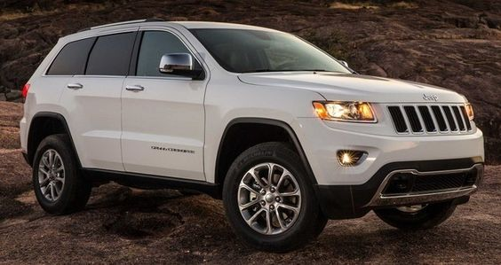 Or stick with what I love....2015 Jeep Grand Cherokee Perfect | 2015 / 2016 Best New Cars