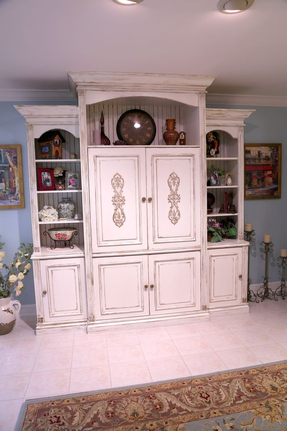 Custom Traditional Entertainment Center Cac