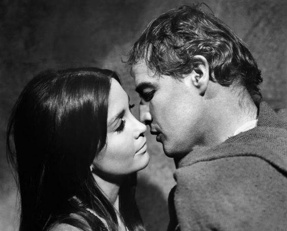 Marlon Brando and Anjanette Coomer  in The Alppalossa