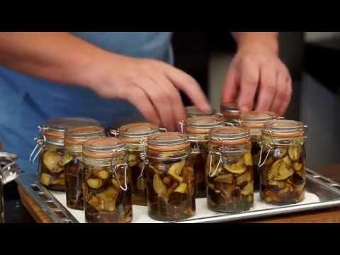 Grzybki W Occie Oddaszfartucha Youtube Food Cucumber Pickles