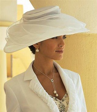Cream Kentucky Derby Hat Classic style  #millinery #judithm #hats